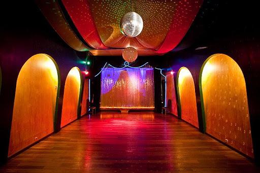 milonga tango bar